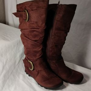 Soda Brown boots Large Buckles Zips Up Sides